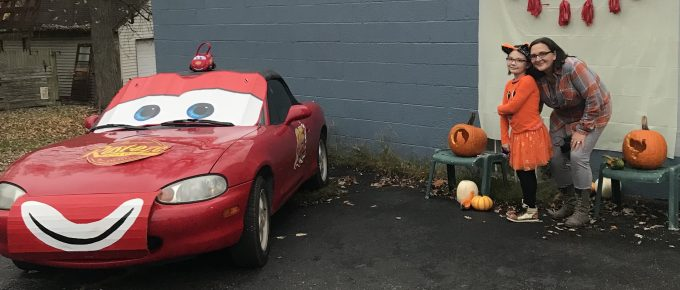 car decorated for fall festival