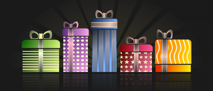 5 presents in a line from pixabay