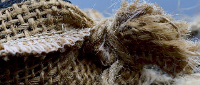 Close up of Sac Cloth by Pisauikan, Pixabay