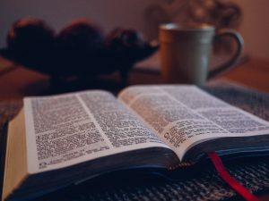 bible with coffee cup, free photos, pixabay