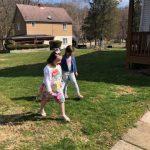 girls hunting eggs2